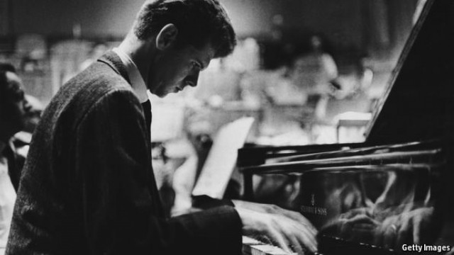 How a young Texan pianist won the heart of Russia in the midst of the cold war
