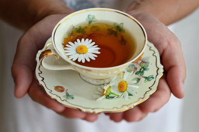 Chamomile Tea Health Benefits — Sleeping, Immunity, and more!