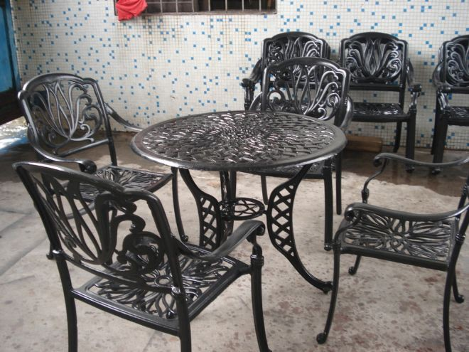 How to Select Iron Outdoor Furniture  qiu marry  Medium