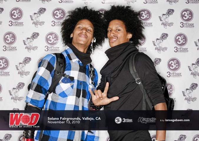 Les Twins in my photobooth!