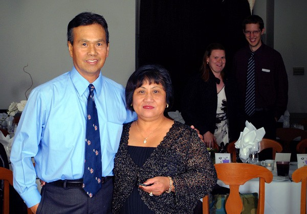 My Uncle Raul & Auntie Remy, unaware of what's going on behind them