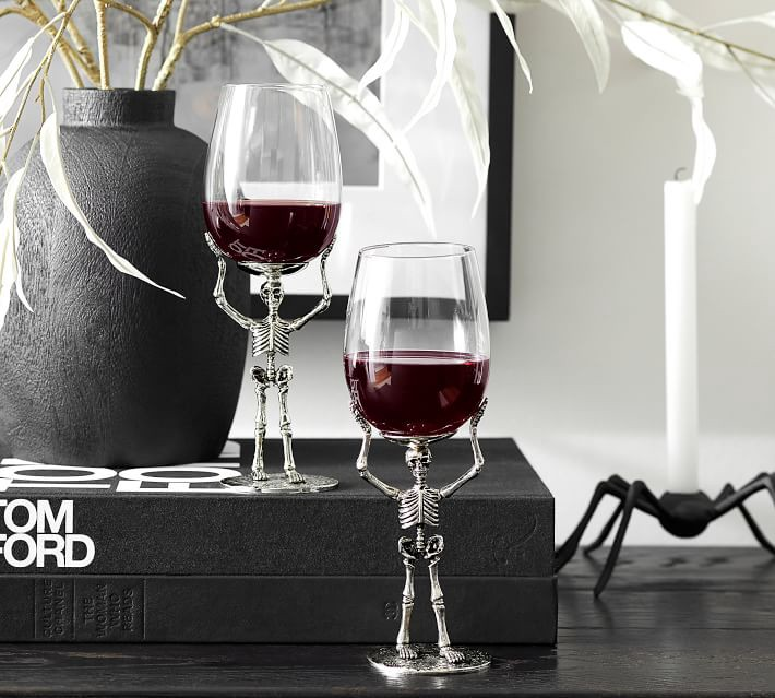 skeleton-wine-glass-camila-decor