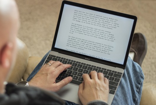 can you write essays on an iphone Best writing apps for mac if you write on you can also check out scrivener for iphone and covering just about every kind of writing, from short essays to.