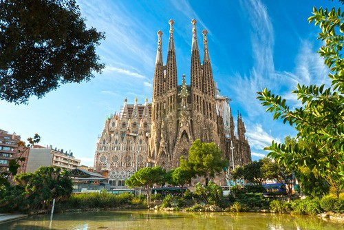4b3109b3946 Coras Partners With Julia Travel To Sell Tickets For Spain s Biggest  Tourist Attractions