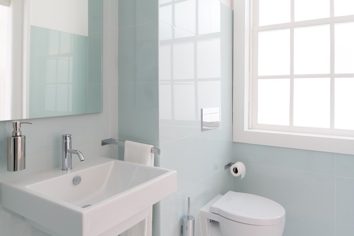 Homeowner How To Deep Clean Your Bathroom Modernize Medium - How to clean your bathroom