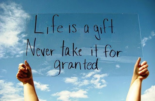 life+is+a+gift+sign