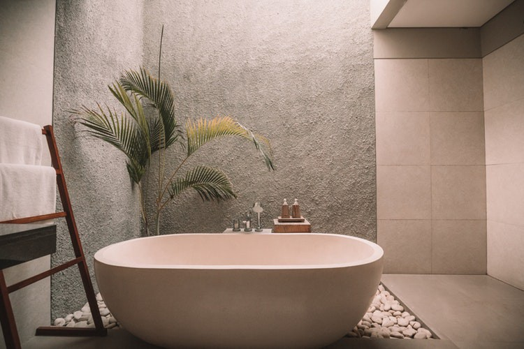 things to consider when buying commercial bathroom accessories - Commercial Bathroom Accessories