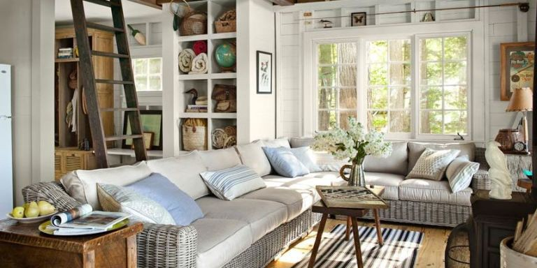 Creative Ideas For Decorating A Lake Home
