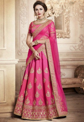 139c4281342c0e There are many online stores who have a wide collection of bridal lehenga  choli of different colors. Some of the trending colors in lehenga choli  available ...