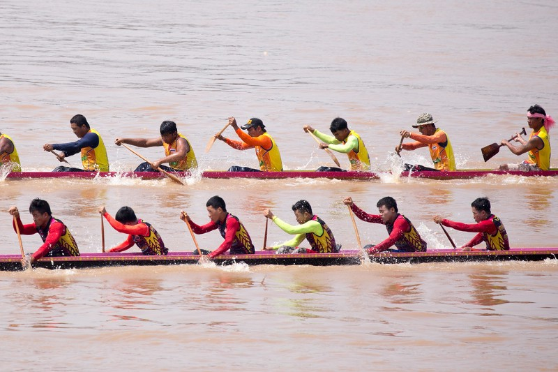 Dragon Boat Racking Finals in Vientiane, Laos