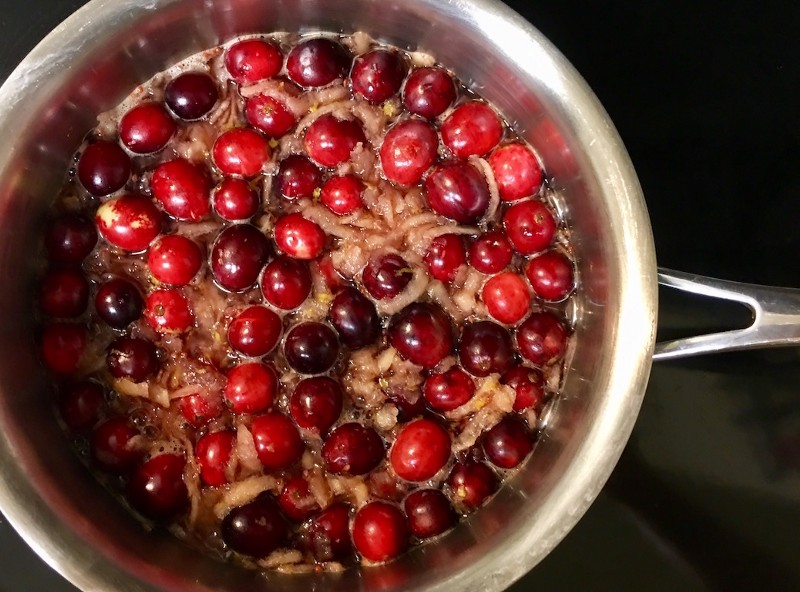 Cranberry Sauce, Port-Sweetened