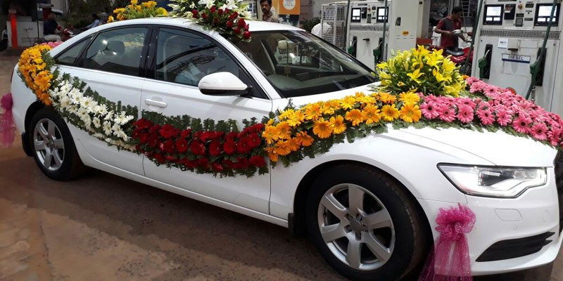 Wedding Luxury Car Rental Services In Madurai Wow Acting Driver