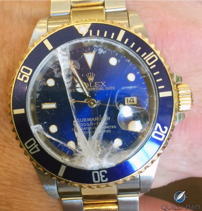 Ouchhh!!! This Rolex Submariner has seen better times