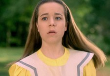 Tina Majorino alice in wonderland trailer