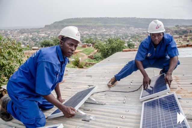 1 3 Billion Africans Don T Have Electricity Akon Has A