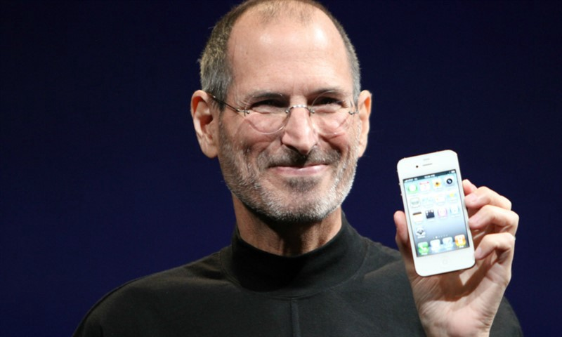 Steve Jobs Smiling Showing Iphone To Public