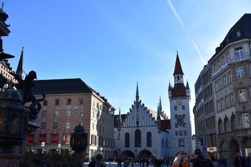 some of the sights to see on the walking tour - Munchen Must See