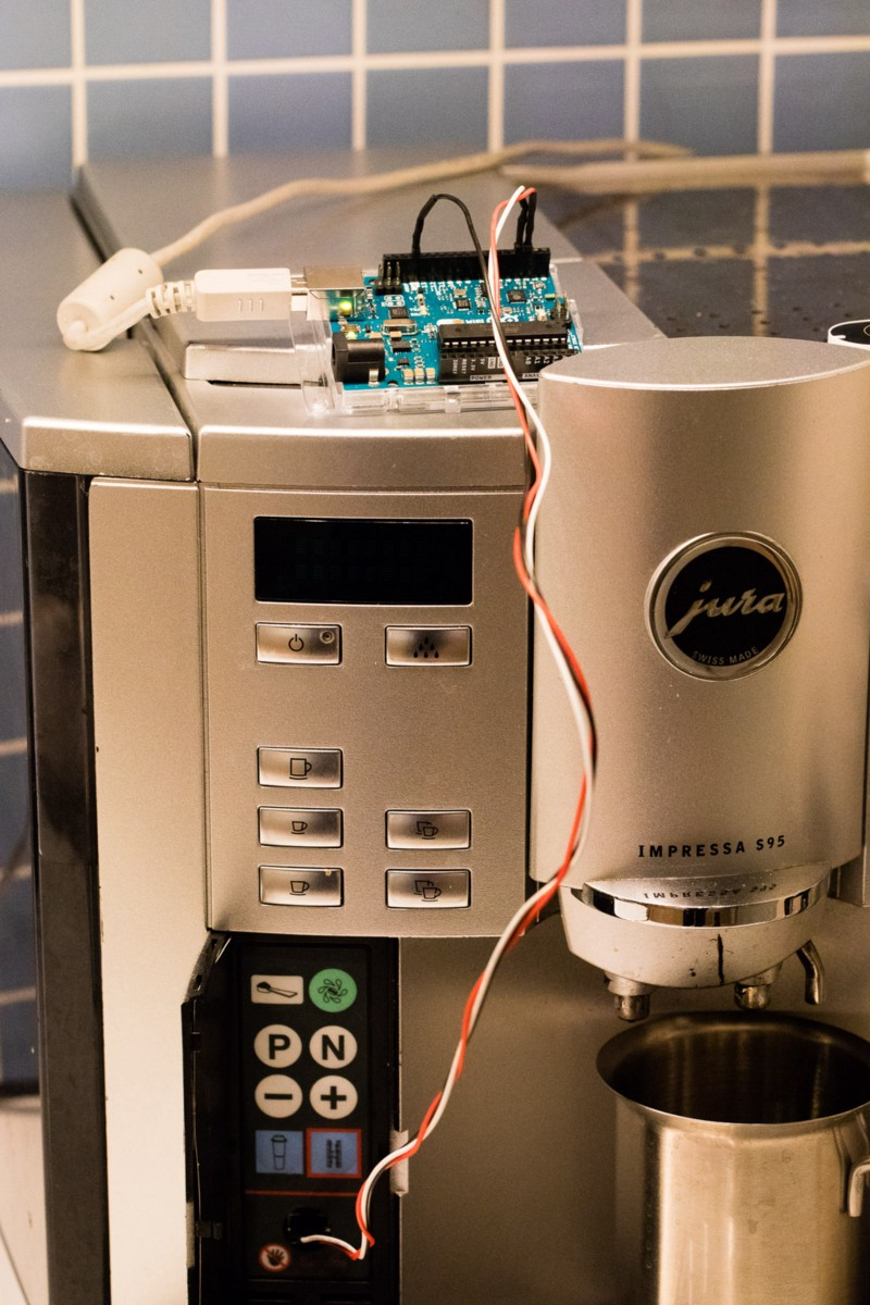Coffee Maker Homekit : Remote Control your Jura Impressa S95 Coffee Maker with Siri via Homekit and Arduino