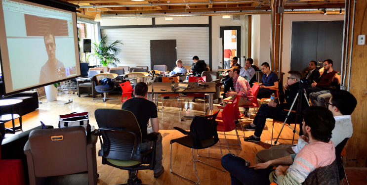 8 Brilliant Ideas to Organize your first Corporate Hackathon