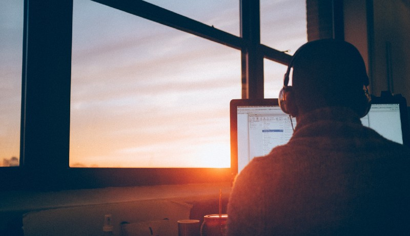 How to survive a coding bootcamp and maximize your chances of getting hired