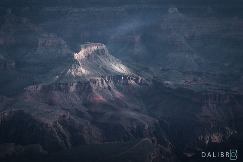 Dramatic image of the Grand Canyon, US. Just be there wherever you are without a phone in your hand.