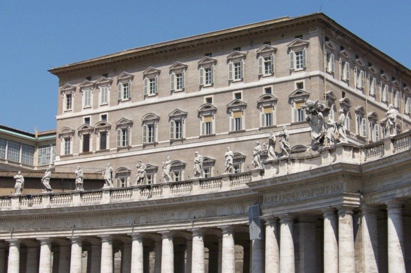 Conspiracy theories circle around the Vatican bank