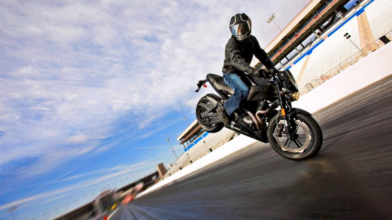 What Does it Feel Like to Ride a Motorcycle? 2