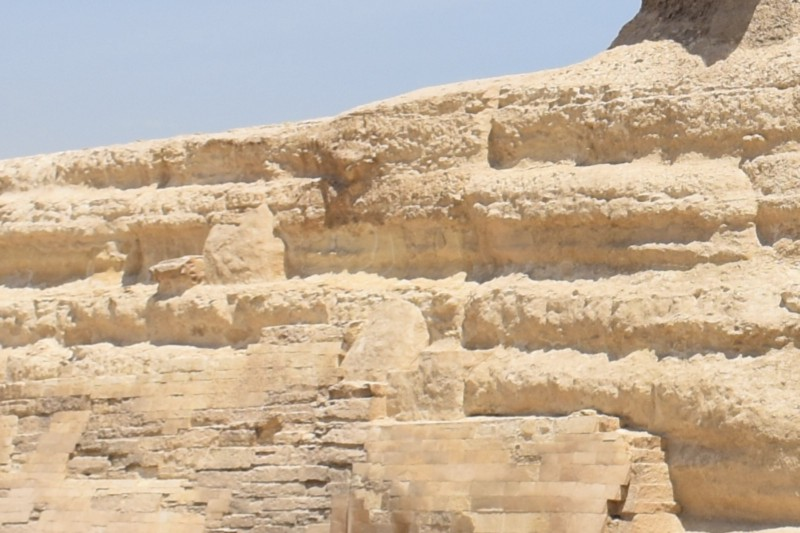 Other geologists agree with Schoch that the erosion on the Sphinx was caused by rainfall