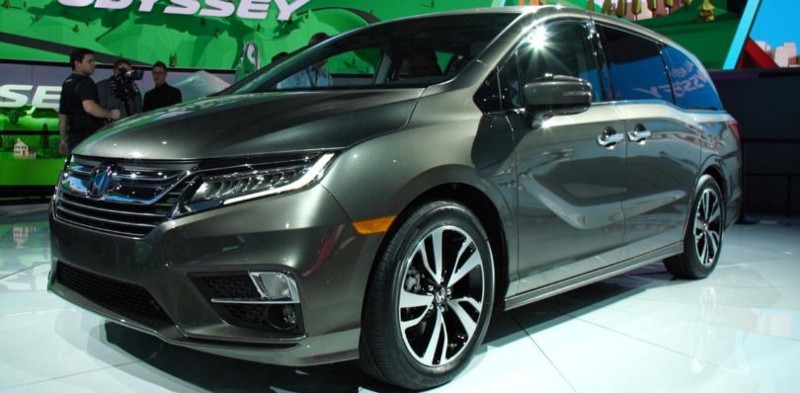 2018 Honda Odyssey — the Top Three Minivan Contender