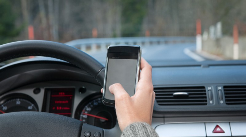 using cell phones while driving essay Sample essay about using mobile phones while driving.