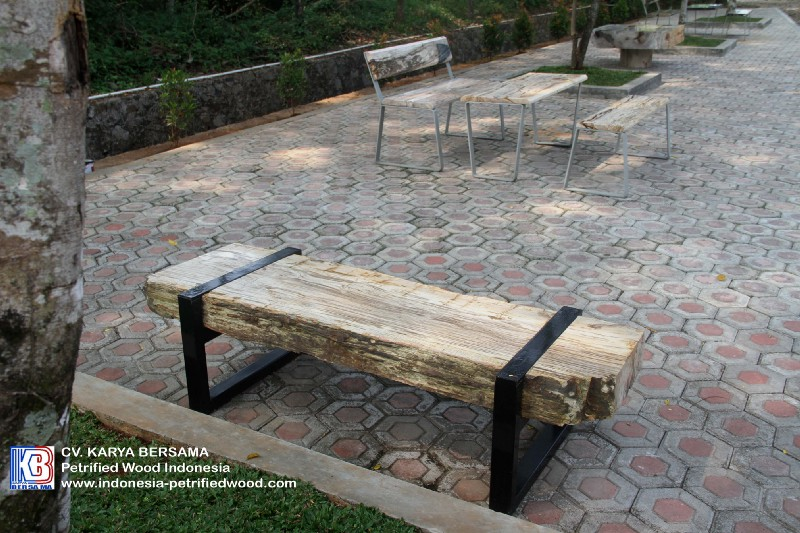 Tips for Choosing Exterior Furniture for the Garden 2