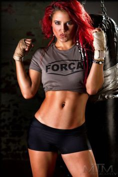 are cara maria and abe still dating