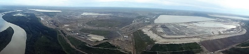 Suncor's massive tailing pond right beside the Athabasca River