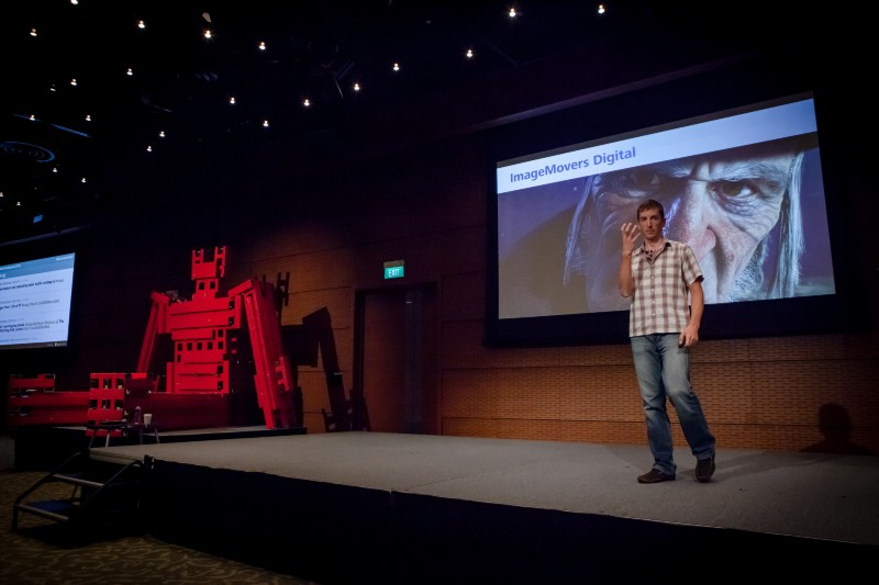 One of UXSG speakers, Joel Pennington sharing insights on creating special effects for the movie, Avatar 2