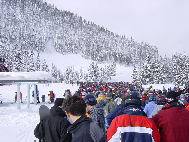 Avoiding lift queues an instructors guide maison sport medium whilst away on your ski holiday do you ever find yourself at the back of a huge ski lift queue with tired legs sore feet and wish you were already solutioingenieria Choice Image