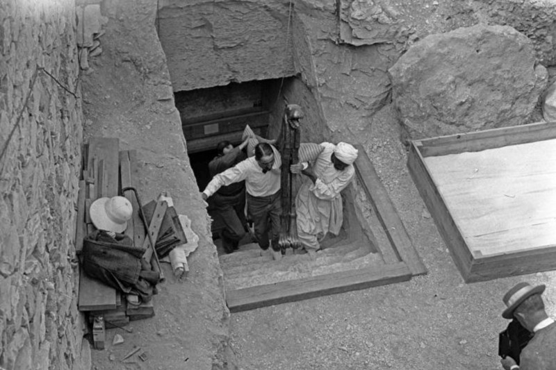 King Tut Tomb Discovery: Curse Of The Mummy
