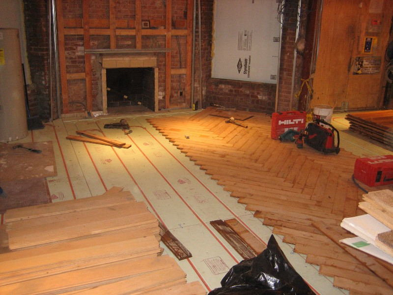 Hardwood floors over radiant flooring risks reality and for Warmboard alternative