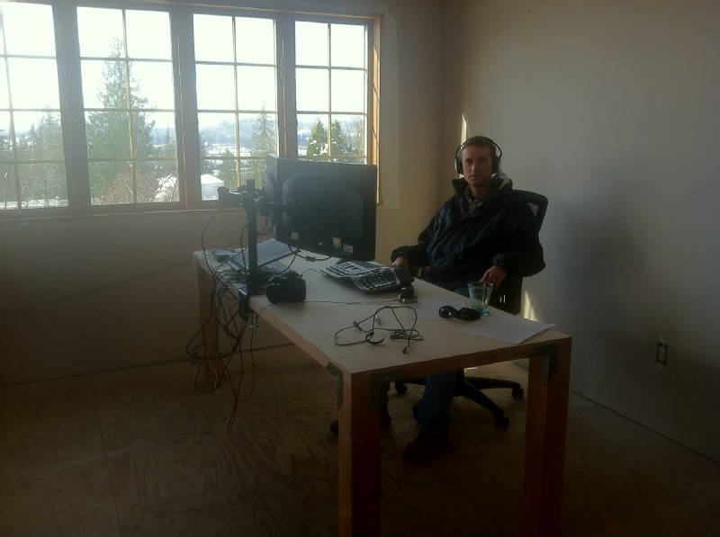 The first desk we built was very similar to the same ones you will find in Freefly today. It\u0027s comprised of a solid core door top 4x4 legs and casters. & Door Desk \u2014 A Startup\u0027s Best Friend \u2013 Every Axis