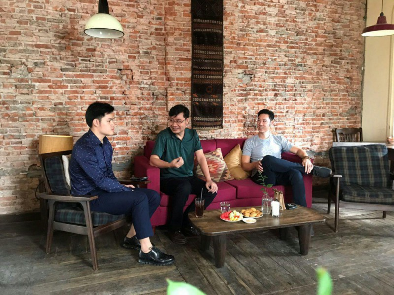 Long Vuong at our crypto coffee event with Thuc Vu