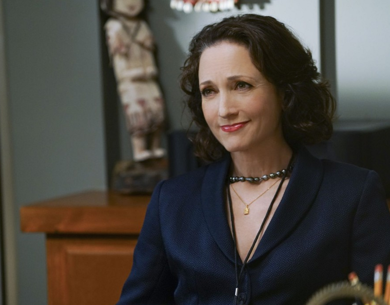 Bebe neuwirth to receive the players helen hayes award for Is bebe neuwirth leaving madam secretary