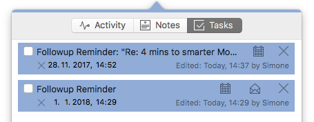 Set follow-up reminders for after the holidays