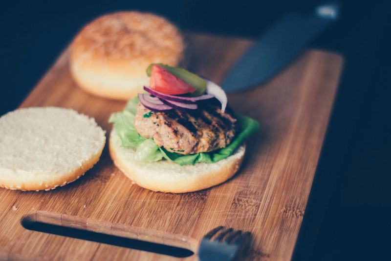 How can you learn the Strategy Design Pattern? Make a hamburger!