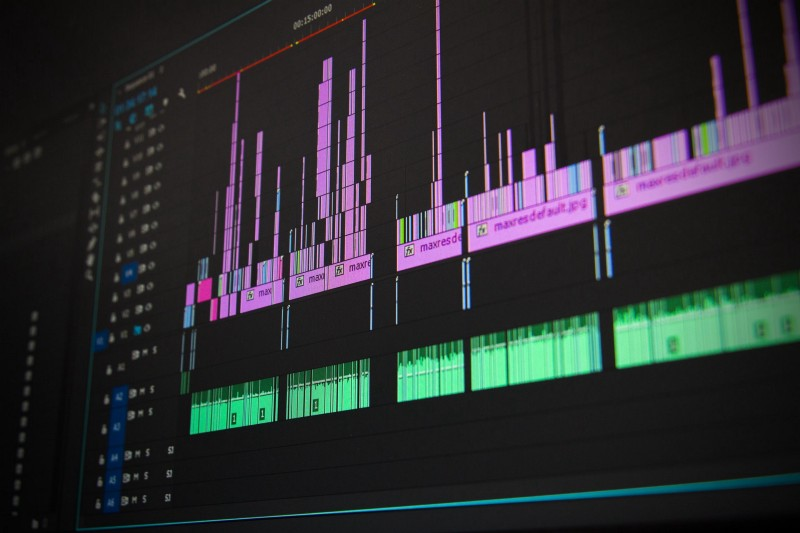 How to build a Gantt-like chart by using D3 to visualize a dataset