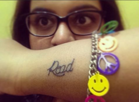 Tattoo of the word 'Read'