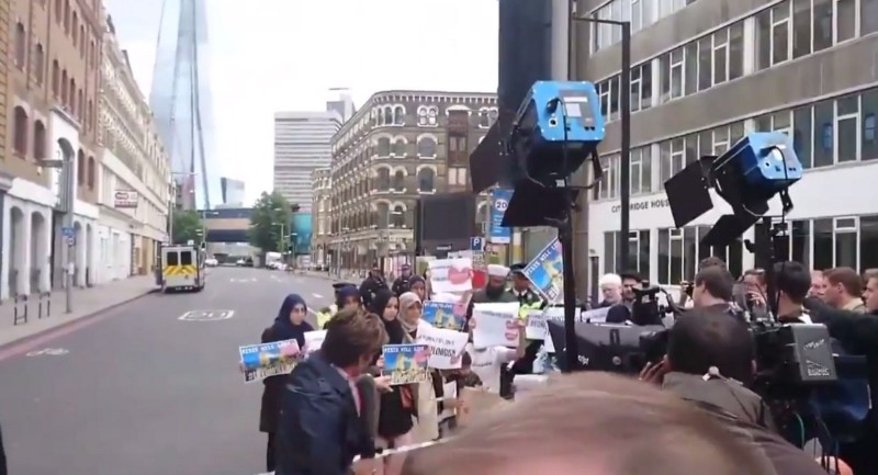CNN caught STAGING Muslim protest in London