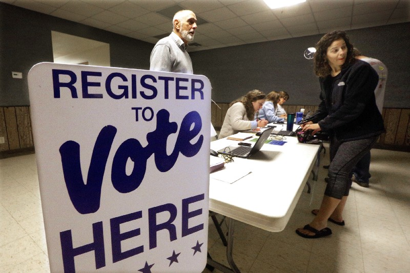 Illinois House Passes Automatic Voter Registration Bill