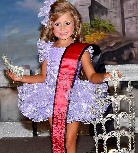 child pageant essays Although pageants teach etiquette and communication skills, ultimately they carry a vastly high risk of potentially damaging the psychological and physical health of the participating children, as well as their development of strong morals.