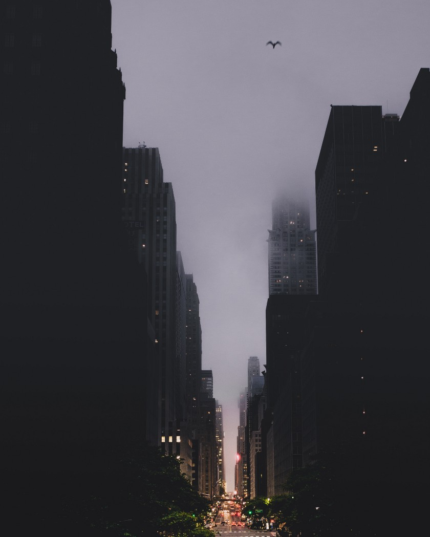 Tips for documenting your Vacation. Isolate by looking up: New York buildings in the fog