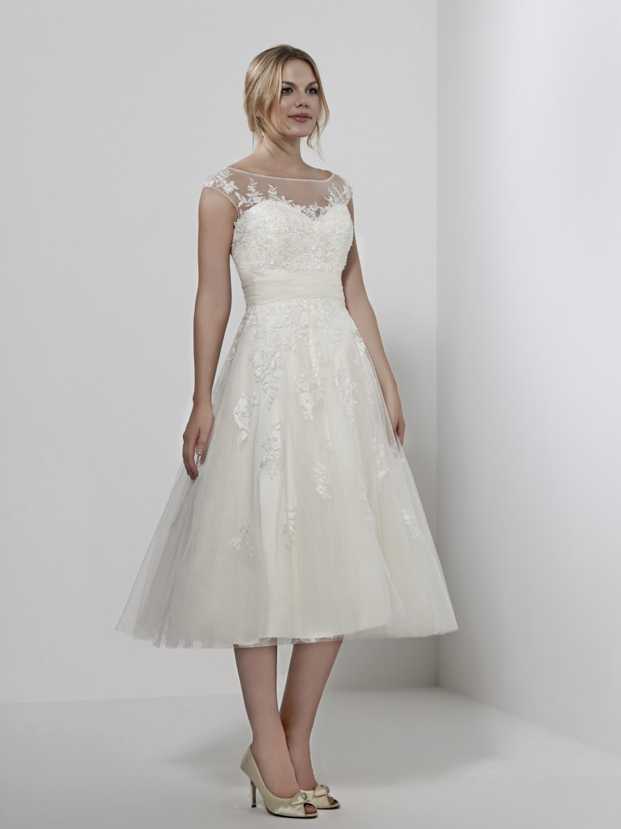 Romantica Of Devon Alaska Wedding Dress Sales Medium