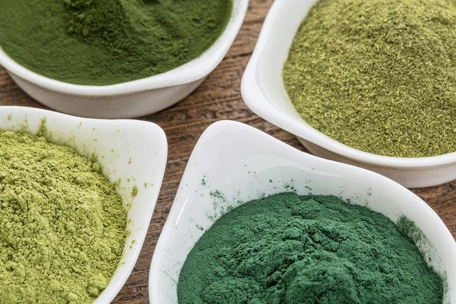 Powder form to consume Spirulina daily